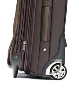 Качественные колеса чемодана
